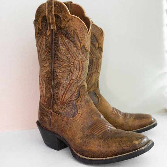 66a54651e08 ARIAT WOMEN'S ROUND UP SQUARE TOE BOOTS